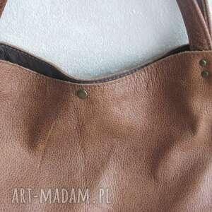 na ramię brązowatorba pojemna torba hobo z brązowo