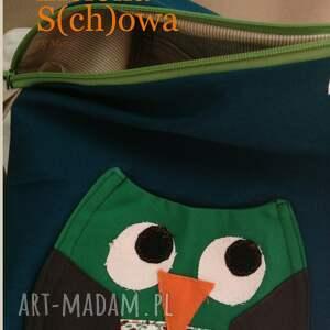 ciekawe na ramię sowa s(ch)owa na zielono