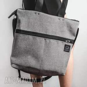 torba z-kieszeniami na ramię praktyczna na zamek w kolorze szarym