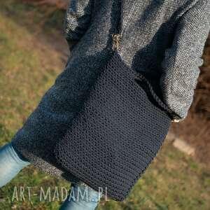 intrygujące na ramię szydełko torba - granat w dłoni