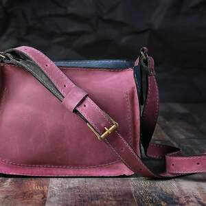 fioletowe na ramię torebka torba skórzana