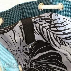 na ramię torba worek prosta z brelokiem
