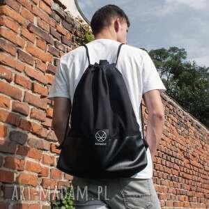 torba plecak na ramię worek czarny 2w1