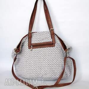 niepowtarzalne na ramię torba xxl z brązem