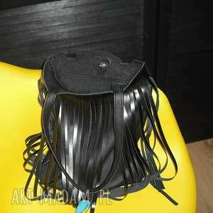 4d65477f313f9 turkusowe na ramię frędzle torba z frędzlami skóra