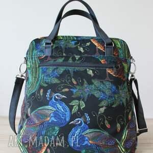elegancka na ramię czarne torebka wykonana z wysokiej jakości tkaniny