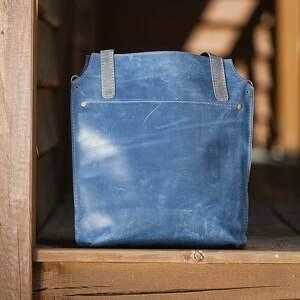 niebieskie na ramię torba skórzana mamy dla was piękną torebkę, wykonaną ręcznie