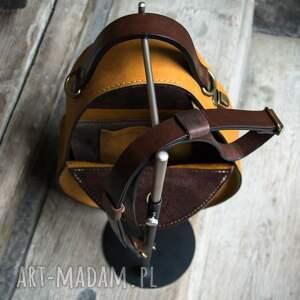 torebka na magnes z długim odpinanym paskiem