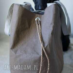 ekologiczna na ramię duża torba uszyta z washpapa, zwanej wegańsk&#261