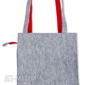 szlufanek czerwone torebka filcowa z motywem ludowym