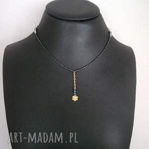 Ki Ka Pracownia Alloys Collection - Line /flower green/ - naszyjnik perly