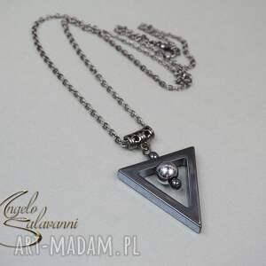 hand made naszyjniki hematyt angelo naszyjnik trianglo
