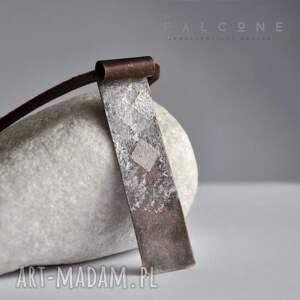 ręcznie zrobione naszyjniki metaloplastyka arlekin