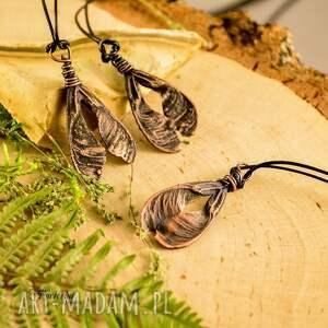 eleganckie naszyjniki miedź ash tree seed - naszyjnik