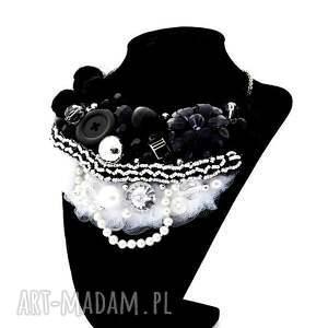 białe naszyjniki naszyjnik black & white handmade