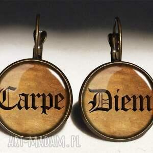 carpe naszyjniki czarne diem - duży medalion