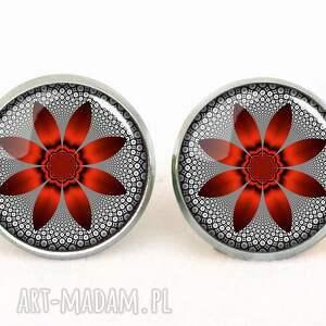 naszyjniki graficzny czerwony kwiat - medalion