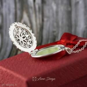naszyjniki medalion fluorescencyjny ażurowy wisiorek