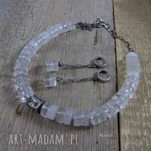 ręcznie wykonane naszyjniki srebro gnieciony walec z kryształem