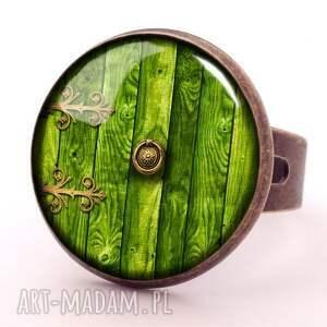 hobbit naszyjniki zielone - medalion z łańcuszkiem