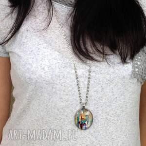 owal naszyjniki pomarańczowe kobiece piękno - owalny medalion z