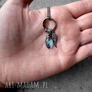 naszyjniki z-kółkiem kropleka z piórkiem - srebro i