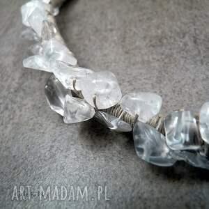 białe naszyjniki boho kryształ górski - naszyjnik