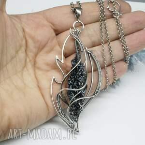 kwarc tytanowy naszyjniki czarne, srebrny naszyjnik