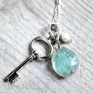 srebrne naszyjniki perła 925 łańcuszek klucz& akawamaryn& sło