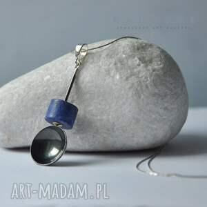 szare naszyjniki wisior lapis lazuli