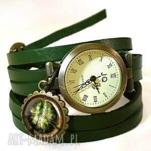las naszyjniki brązowe - duży medalion z łańcuszkiem