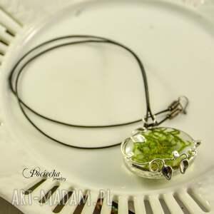 zielone naszyjniki naszyjnik leśna cisza - z wisiorem