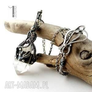 urokliwe naszyjniki wirewrapping lodowy amulet - srebrny naszyjnik