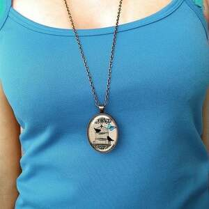 brązowe naszyjniki medalion maki - owalny