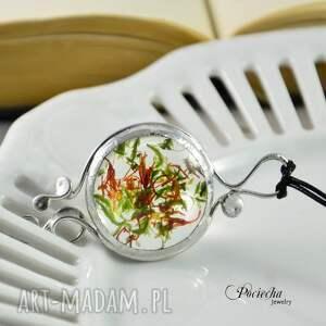 nietuzinkowe naszyjniki terrarium marchewka z groszkiem - wisior