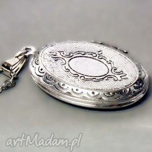 szare naszyjniki srebrny medalion sekretnik mały ::