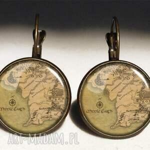 middle naszyjniki beżowe earth - medalion