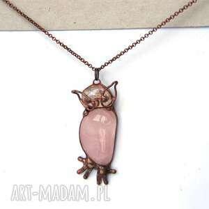 hand-made naszyjniki wisiorek-sowa naszyjnik: sowa z kwarcem różowym