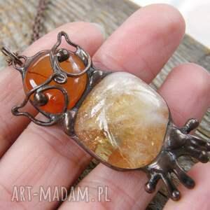 Witrazka naszyjniki: Naszyjnik: Sowa z cytrynem - wisiorek z kamieni z-kamieni
