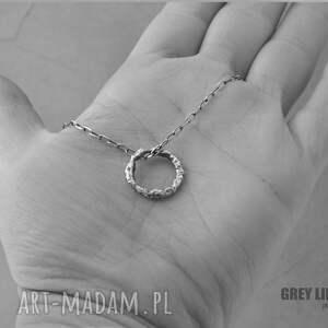 gustowne naszyjniki srebro naszyjnik z kółeczkiem