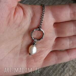 prezent naszyjniki naszyjnik z perłą - srebro