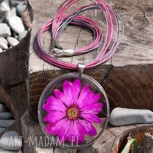 naszyjnik z-kwiatów naszyjniki różowe z suszonym kwiatem wzór