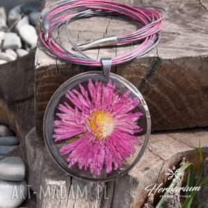 naszyjniki naszyjnik boho z suszonym kwiatem wzór