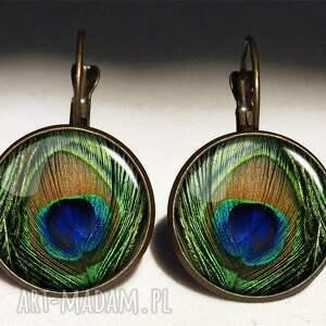 modne naszyjniki pióra pawie oko - medalion z łańcuszkiem