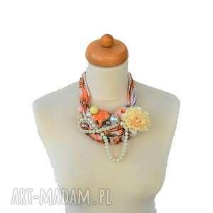 kolorowe naszyjniki naszyjnik peaches & cream handmade