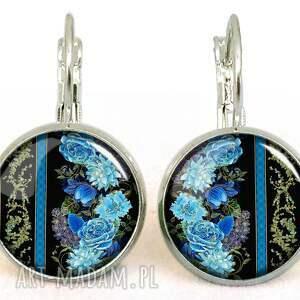 retro naszyjniki niebieskie róże - medalion z łańcuszkiem