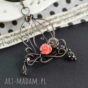 naszyjnik-z-wisiorem naszyjniki różowe romantic cage - naszyjnik