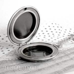 srebrne naszyjniki długi romantyczny medalion sekretnik