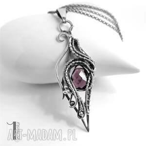 naszyjnik naszyjniki fioletowe wyjątkowy, wykonany w całości