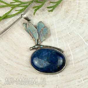 niebieskie naszyjniki naszyjnik srebrny srebrna ważka z lapis lazuli